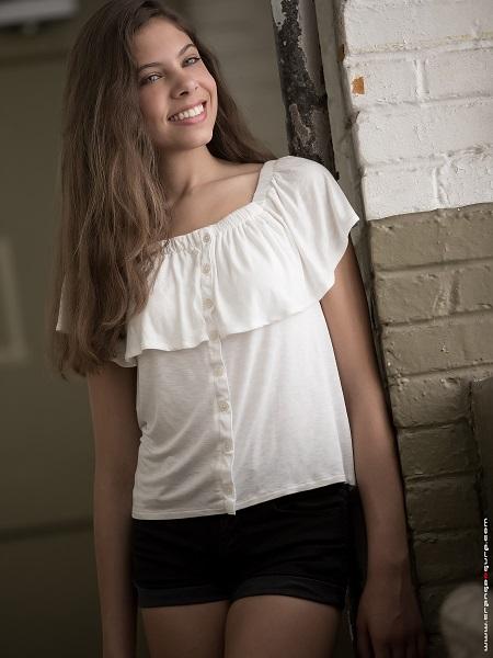 Lauren_Lukachek9