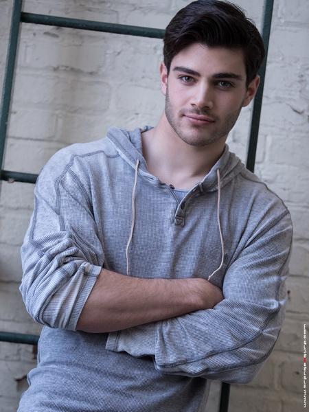 Alex Charney5
